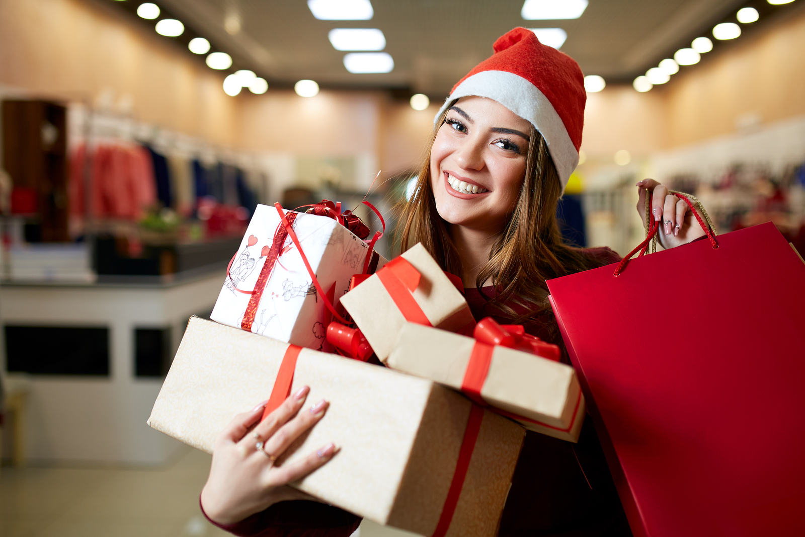 How To Leverage Consumer Holiday Spending